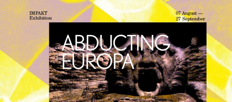Abducting Europa
